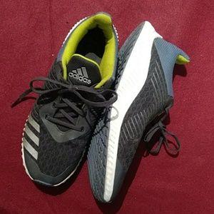 6M 7.5W unisex Adidas Shoes